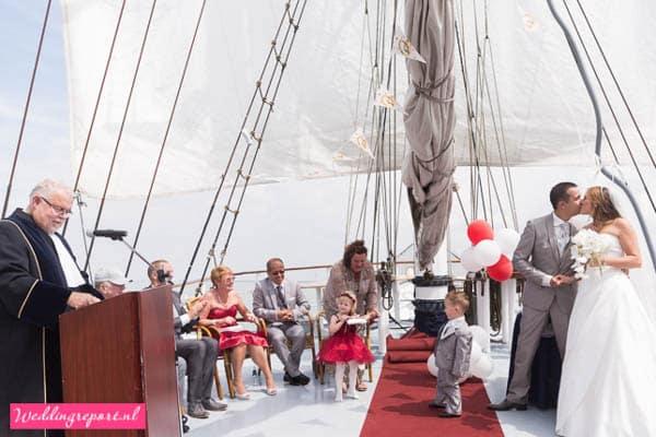 Trouwceremonie op Zeilschip de Stedemaeght
