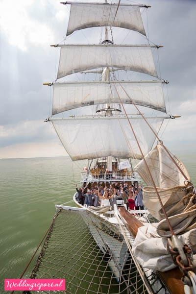 Groepsfoto op Zeilschip de Stedemaeght