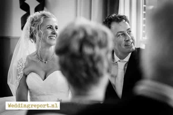 Het bruidspaar in de trouwzaal van Groot Warnsborn Arnhem